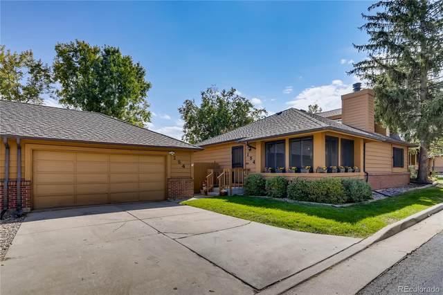 154 S Dearborn Circle, Aurora, CO 80012 (#2862834) :: The Griffith Home Team