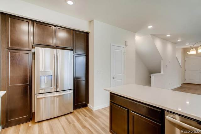 2872 S Fox Court, Englewood, CO 80110 (MLS #2887558) :: 8z Real Estate