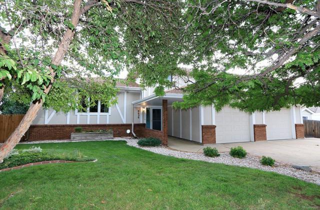 8626 S Yarrow Street, Littleton, CO 80128 (MLS #2909638) :: 8z Real Estate