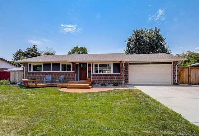 1736 S Welch Circle, Lakewood, CO 80228 (#2910294) :: The Gilbert Group