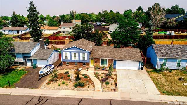 1364 S Olathe Way, Aurora, CO 80017 (#2959038) :: My Home Team