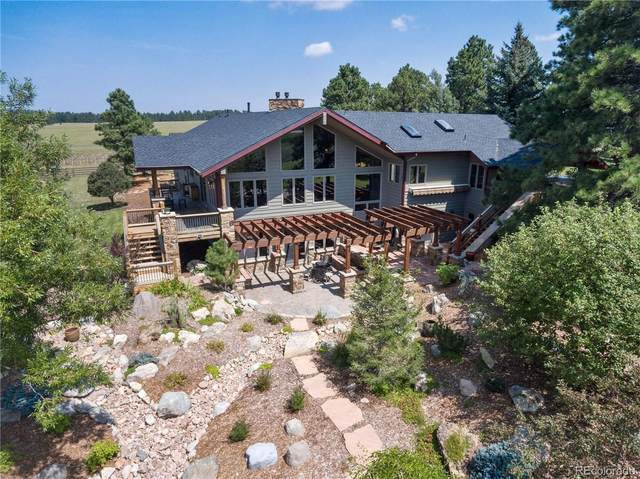 8751 E Palmer Divide Avenue, Larkspur, CO 80118 (#2978900) :: The Harling Team @ Homesmart Realty Group