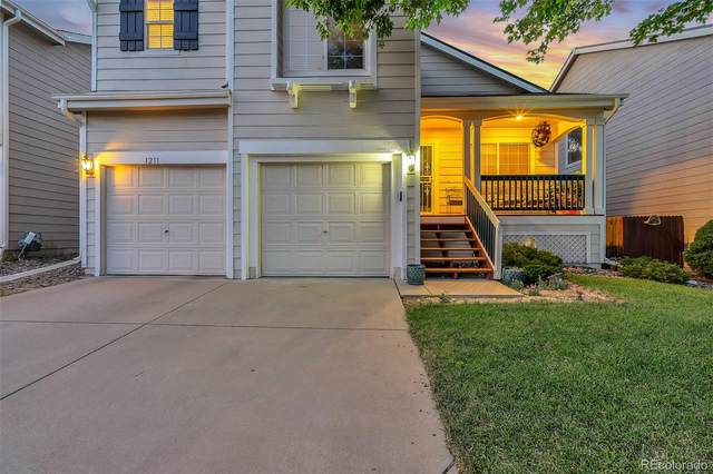1211 S Akron Way, Denver, CO 80247 (#2981183) :: Wisdom Real Estate