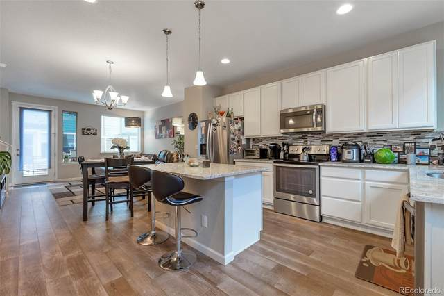 4260 E Warren Avenue #4, Denver, CO 80222 (#3008566) :: Real Estate Professionals