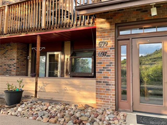 697 Canyon Drive, Castle Rock, CO 80104 (#3026747) :: The Artisan Group at Keller Williams Premier Realty