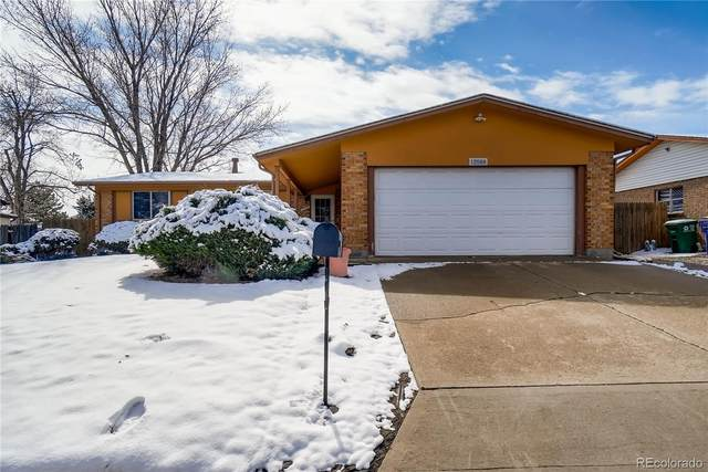 12988 E Elk Place, Denver, CO 80239 (#3116436) :: HomeSmart