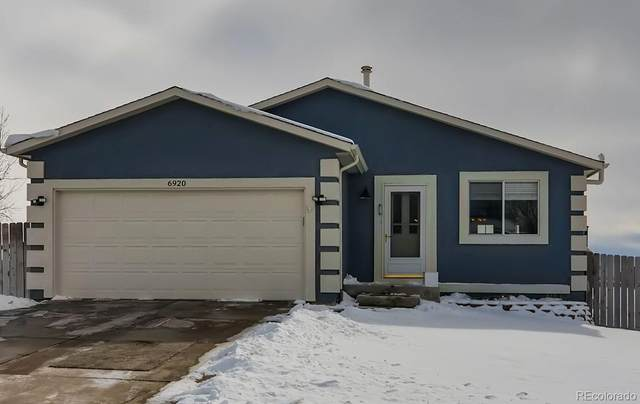 6920 Weeping Willow Drive, Colorado Springs, CO 80925 (#3127442) :: The Scott Futa Home Team