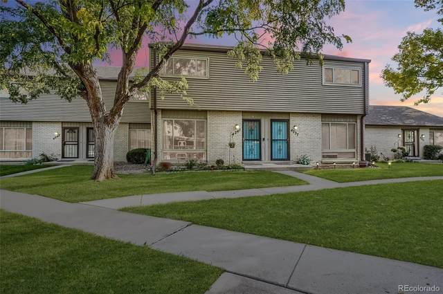4241 W Ponds Circle, Littleton, CO 80123 (#3145550) :: The Healey Group