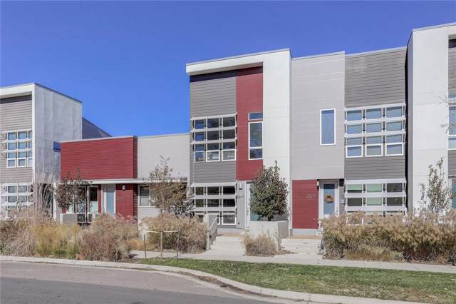2807 W 52nd Avenue, Denver, CO 80221 (#3149117) :: The Healey Group
