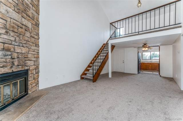 418 Wright Street #303, Lakewood, CO 80228 (#3200517) :: The Healey Group