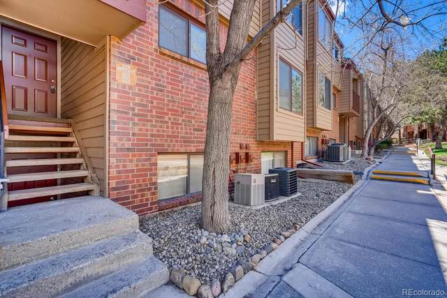 326 Wright Street #202, Lakewood, CO 80228 (#3246075) :: The Heyl Group at Keller Williams