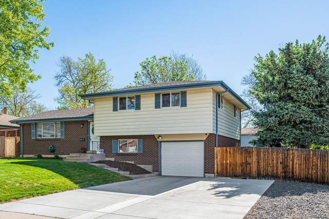 1492 S Dudley Street, Lakewood, CO 80232 (#3289349) :: The DeGrood Team