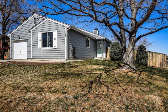 17999 E Cornell Drive, Aurora, CO 80013 (#3314976) :: The Peak Properties Group