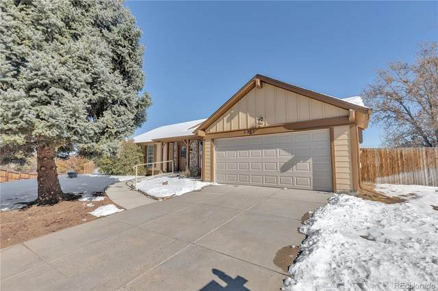 5332 S Halifax Circle, Centennial, CO 80015 (#3319729) :: Berkshire Hathaway HomeServices Innovative Real Estate