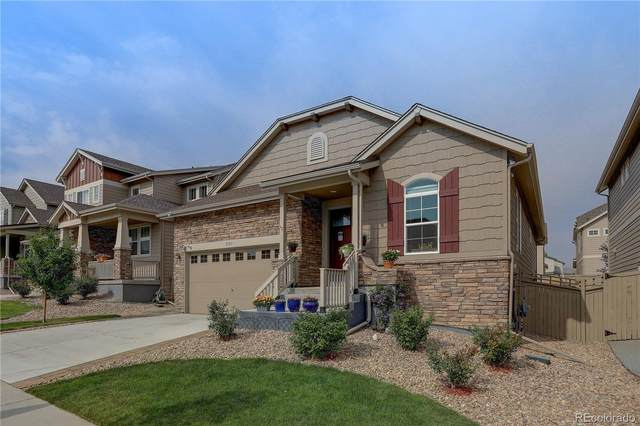 2107 S Saulsbury Court, Lakewood, CO 80227 (#3382252) :: The Brokerage Group