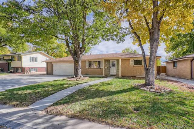 8422 Chase Street, Arvada, CO 80003 (#3416588) :: Sultan Newman Group