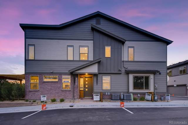 11737 W 45th Place, Wheat Ridge, CO 80033 (#3436049) :: The Harling Team @ HomeSmart