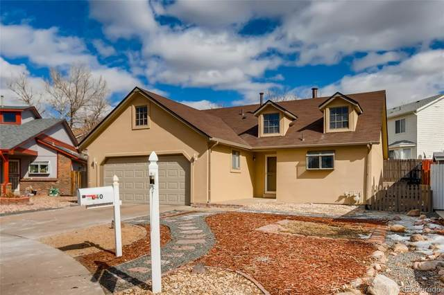1640 Biscay Circle, Aurora, CO 80011 (#3453336) :: The DeGrood Team