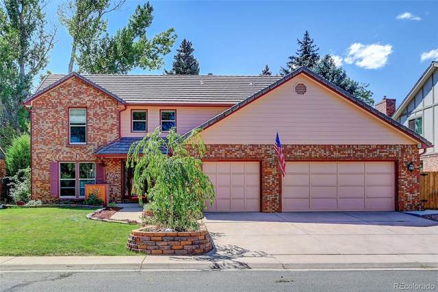 2047 S Gray Drive, Lakewood, CO 80227 (#3475283) :: The HomeSmiths Team - Keller Williams