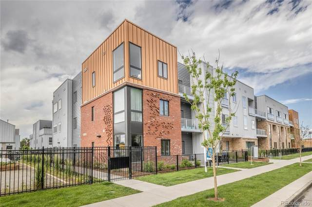 2525 Arapahoe Street Rd209, Denver, CO 80205 (#3483653) :: Kimberly Austin Properties