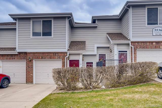 5536 Lewis Court #104, Arvada, CO 80002 (#3497018) :: HomeSmart