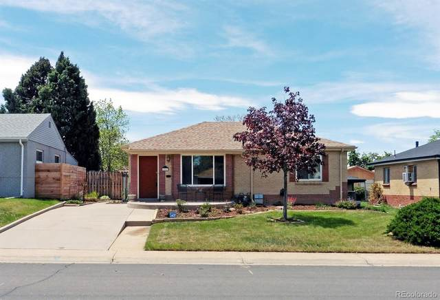 3267 Ivanhoe Street, Denver, CO 80207 (#3506383) :: The HomeSmiths Team - Keller Williams