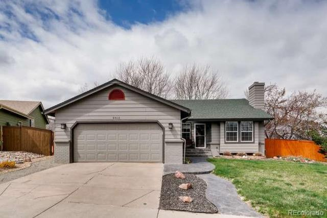 9011 Hunters Creek Street, Highlands Ranch, CO 80126 (#3525830) :: The HomeSmiths Team - Keller Williams