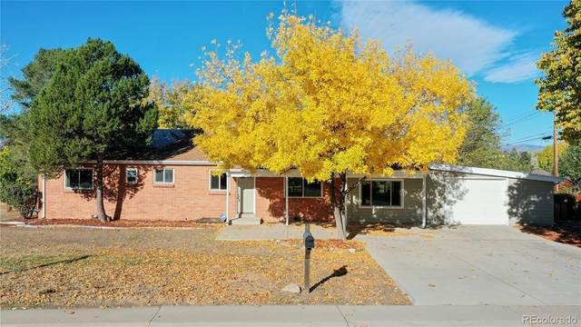10325 W 13th Place, Lakewood, CO 80215 (#3573563) :: The DeGrood Team