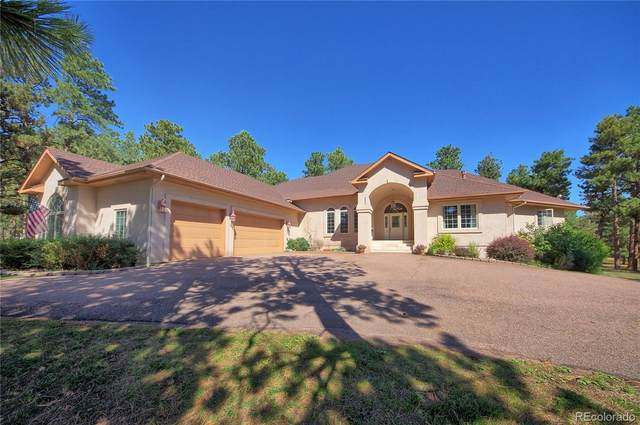 17950 Queensmere Drive, Monument, CO 80132 (#3588710) :: The HomeSmiths Team - Keller Williams