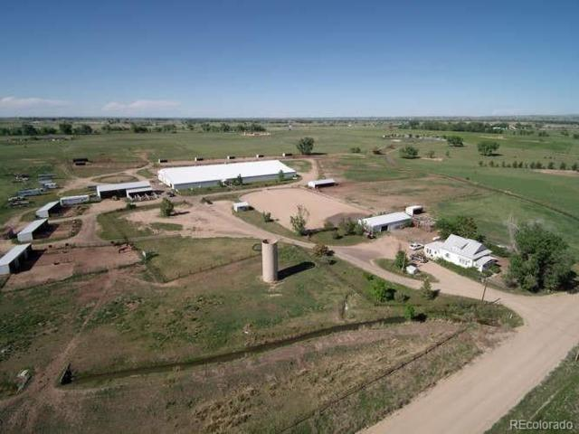 10231 County Road 14 1/2 Road, Fort Lupton, CO 80621 (#3592868) :: The Tamborra Team