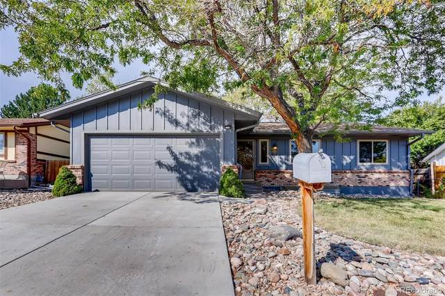 2643 S Richfield Street, Aurora, CO 80013 (#3596319) :: Re/Max Structure