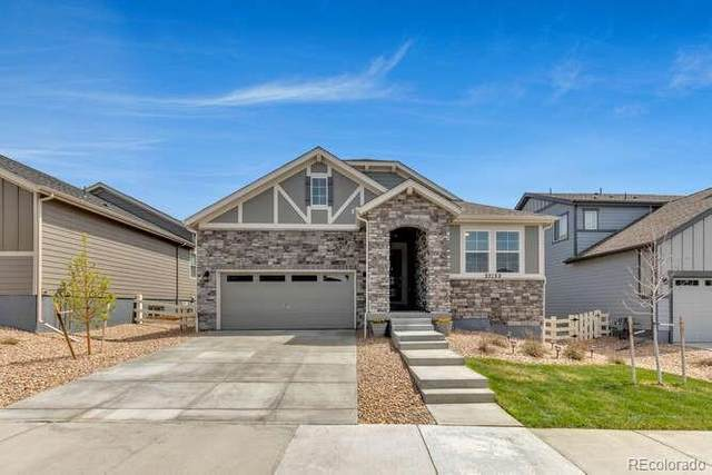 27122 E Frost Place, Aurora, CO 80016 (#3600965) :: The Artisan Group at Keller Williams Premier Realty
