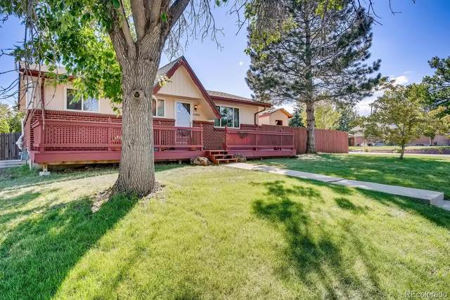 11402 W Exposition Drive, Lakewood, CO 80226 (#3614589) :: HomeSmart