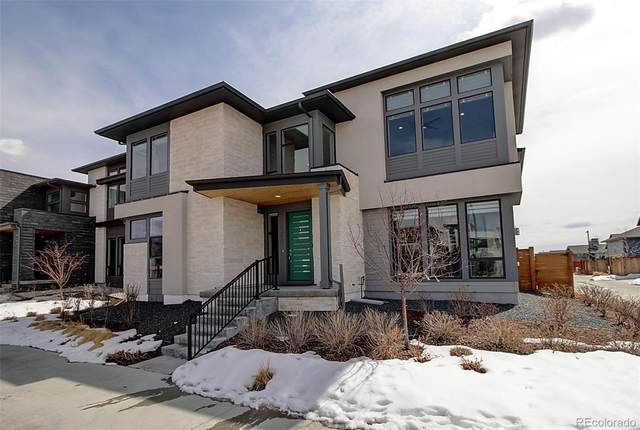 9368 E 59th Place, Denver, CO 80238 (#3631644) :: HomeSmart