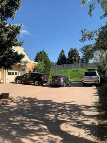 1869 S Lee Street B, Lakewood, CO 80232 (#3720991) :: Portenga Properties