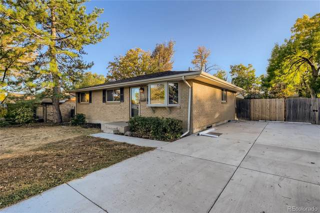 3104 W Pimlico Drive, Englewood, CO 80110 (#3747557) :: The DeGrood Team