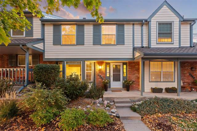 6864 E Briarwood Drive, Centennial, CO 80112 (#3761243) :: The HomeSmiths Team - Keller Williams