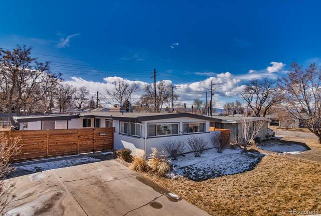 430 E Bellewood Drive, Englewood, CO 80113 (#3799689) :: The Harling Team @ HomeSmart
