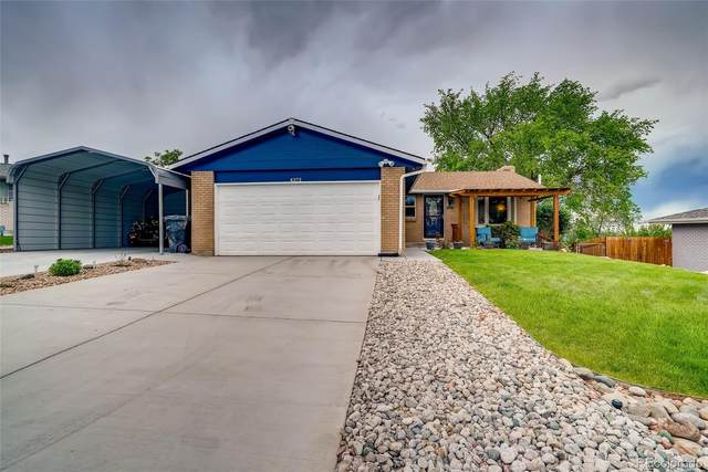 4373 W Radcliff Avenue, Denver, CO 80236 (#3866559) :: iHomes Colorado