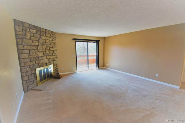 333 Wright Street #205, Lakewood, CO 80228 (#3883524) :: Kimberly Austin Properties