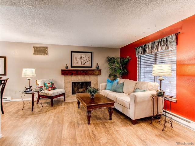 3632 S Mobile Way, Aurora, CO 80013 (#3884091) :: The Griffith Home Team