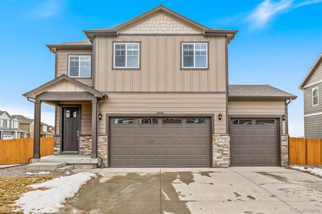 45809 Red Tail Drive, Bennett, CO 80102 (#3905590) :: The DeGrood Team