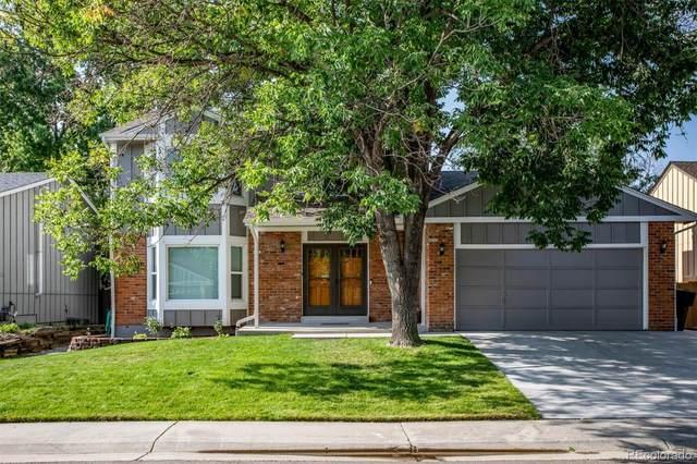 8920 W Tanforan Drive, Littleton, CO 80123 (#3942408) :: Symbio Denver