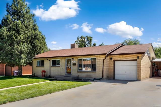 3822 W Greenwood Place, Denver, CO 80236 (#3989725) :: The Peak Properties Group