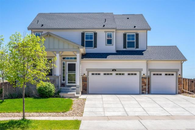 180 N Newbern Way, Aurora, CO 80018 (#4011460) :: The Pete Cook Home Group