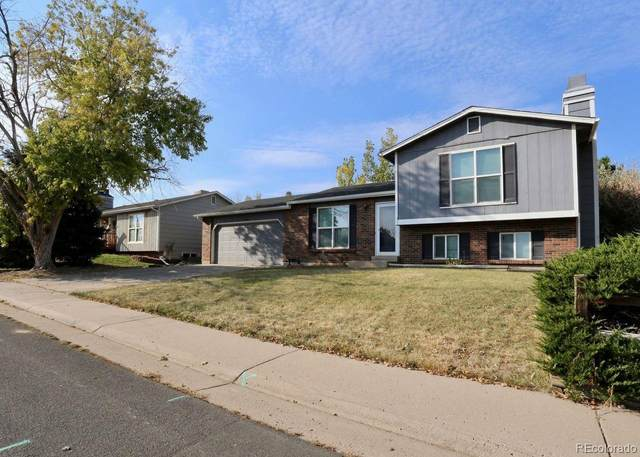19526 E Iowa Circle, Aurora, CO 80017 (#4037650) :: Wisdom Real Estate