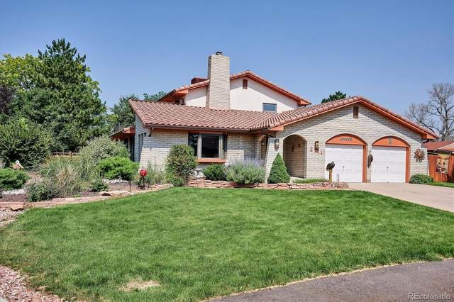 2111 Robb Street, Lakewood, CO 80215 (#4066815) :: THE SIMPLE LIFE, Brokered by eXp Realty