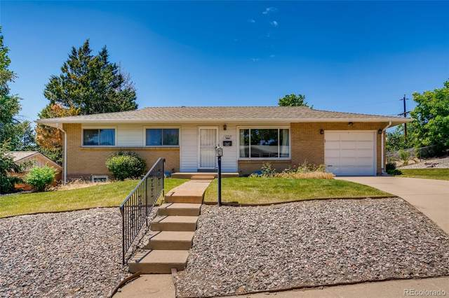 2715 S Winona Court, Denver, CO 80236 (#4108412) :: The Colorado Foothills Team | Berkshire Hathaway Elevated Living Real Estate