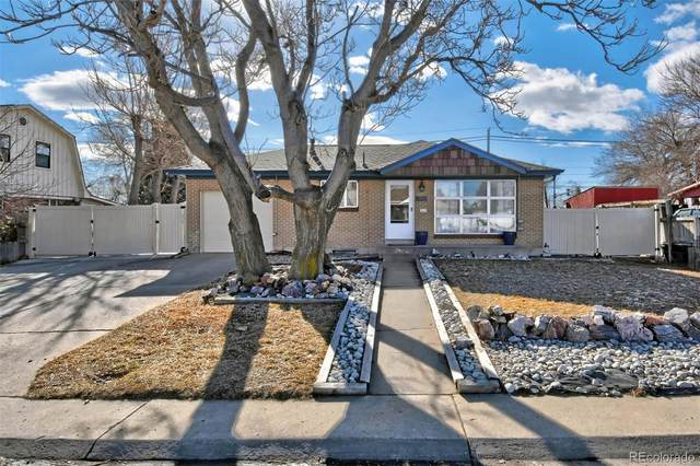 1740 E 112th Place, Northglenn, CO 80233 (#4116488) :: HomeSmart