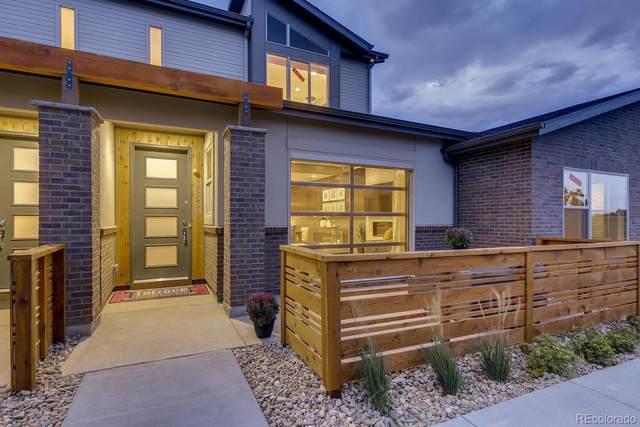 10605 W 63rd Lane, Arvada, CO 80005 (#4145767) :: The HomeSmiths Team - Keller Williams